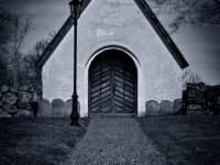 Path to an old chapel